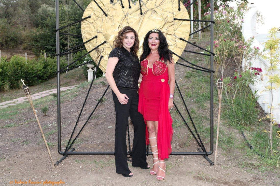 L'attrice Elena Russo con la stilista Eleonora Altamore
