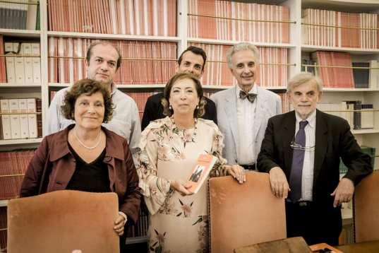 Il parterre dei relatori con l Autrice