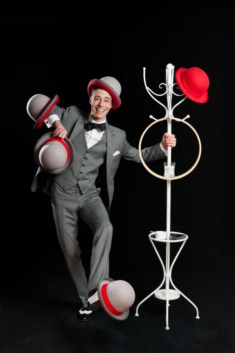 INEUROFF_CircusFollies_japo_Rid