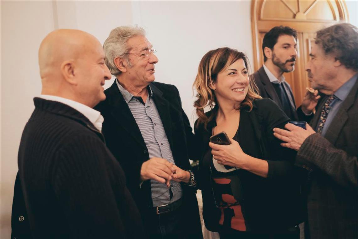 Durante il momento coniviviale_ da sx_ Maurizio Ferrini_Franco Micalizzi_Lisa Bernardini_Giovanni Brusatori (Medium)