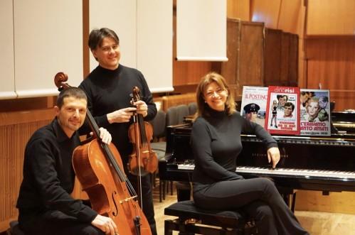 Felix Piano Trio da sinistra Matteo Scarpelli, Riccardo Bonaccini e Catia Capua