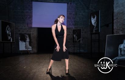 Le Muse Iconiche. Laura Mancini indossa una creazione di Armando Terribili